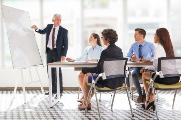 como conseguir clientes de coaching